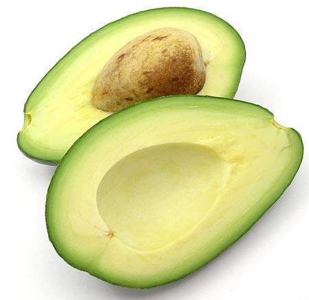 Чим корисні авокадо і чому їх потрібно