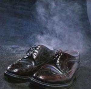 Як уникнути неприємного запаху з взуття.