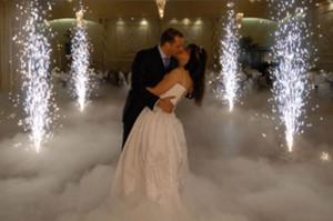 Як прикрасити весільний зал